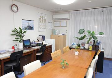 日暮里校/職員室の写真